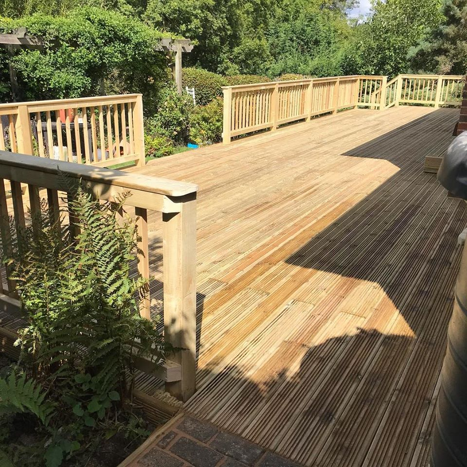 Decking and Ballustrade