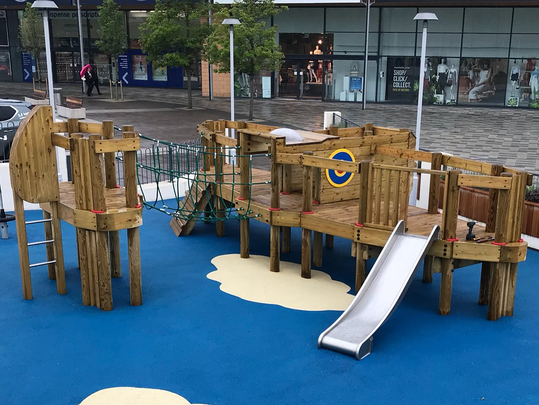 Bespoke Playframe – Hand Made Places