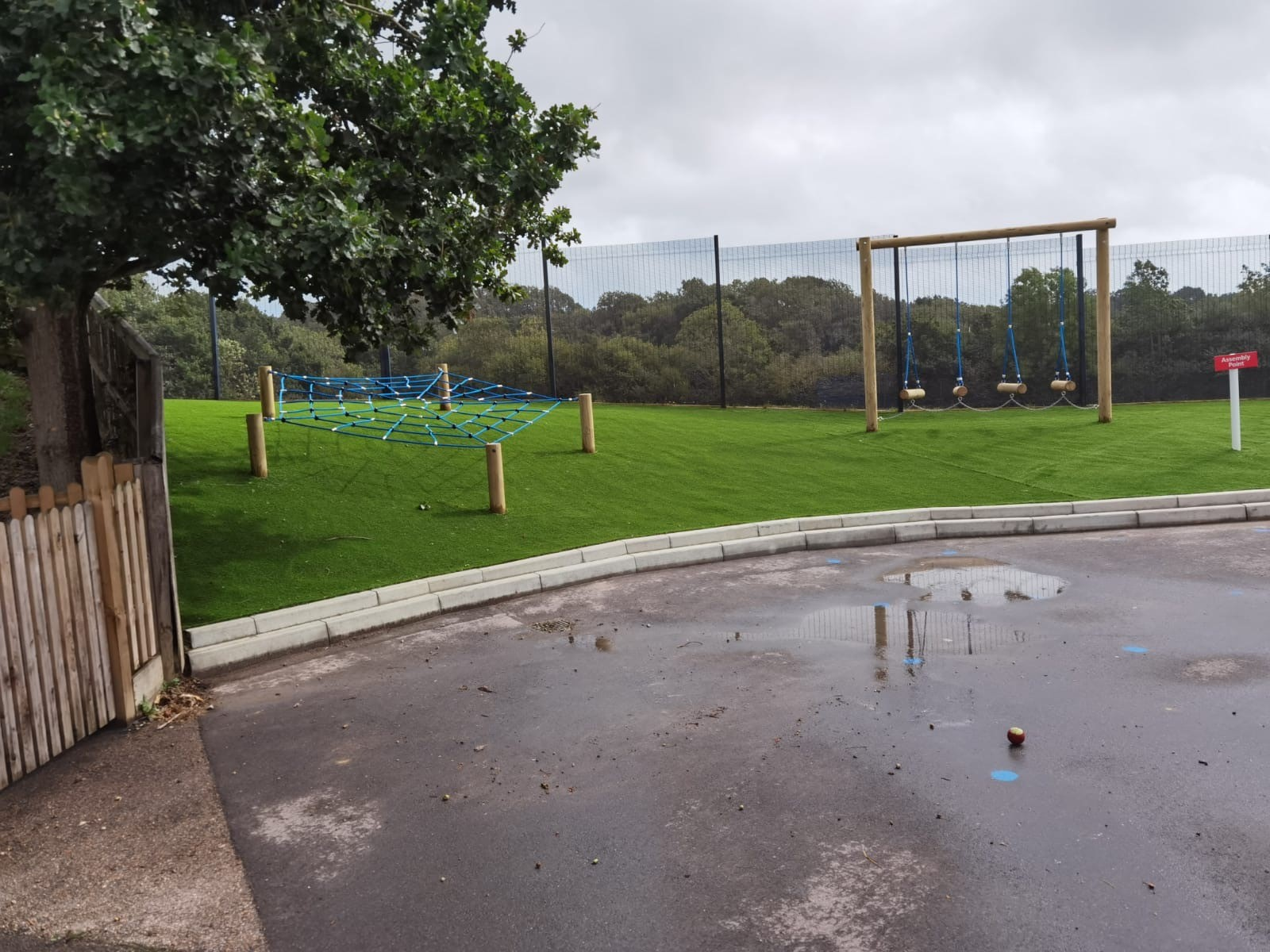 Robsack Wood Primary School – Playspaces